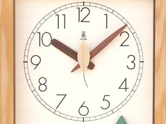 木製の掛け時計・置き時計・からくり時計など贈り物に人気の手作り時計 |キコリ時計工房(Kicori)【本店】|森の電葉時計(フクロウ振子)