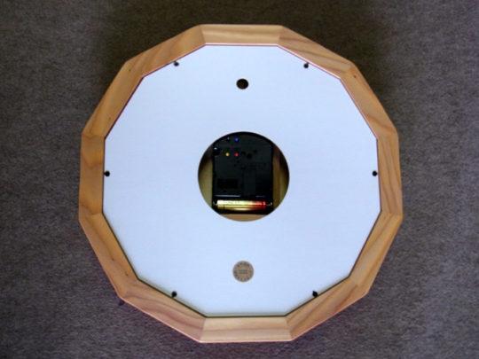 木製の掛け時計・置き時計・からくり時計など贈り物に人気の手作り時計 |キコリ時計工房(Kicori)【本店】|森の電葉時計(12角形)